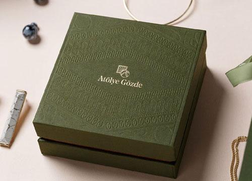 品牌设计:优雅橄榄绿 低调中的华贵