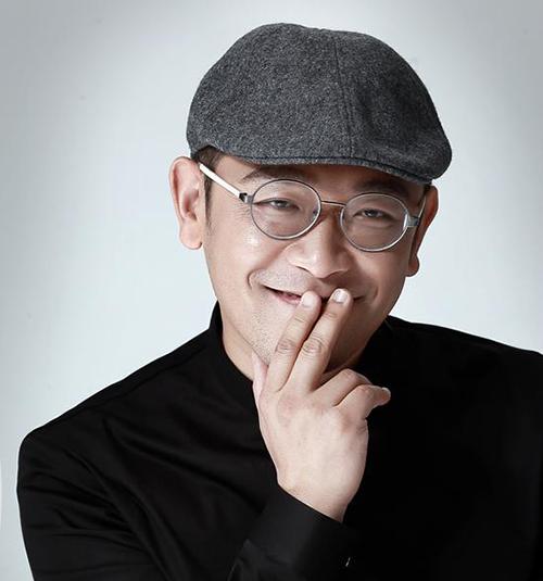 贾伟:浪漫的商业家睿智的设计师