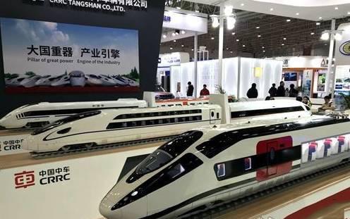 """首届中国工业设计展览会亮相武汉 """"黑科技""""齐上阵"""