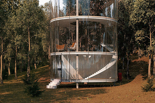 树林中的玻璃房子