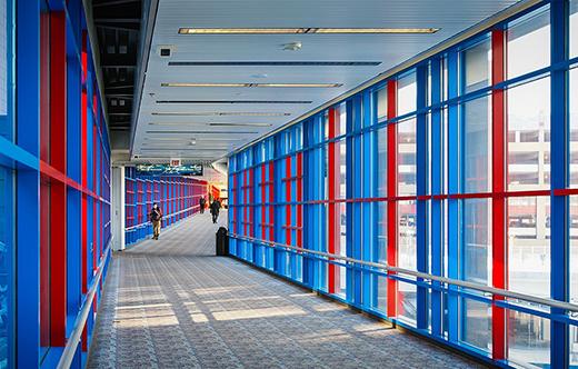 过街天桥与走廊设计