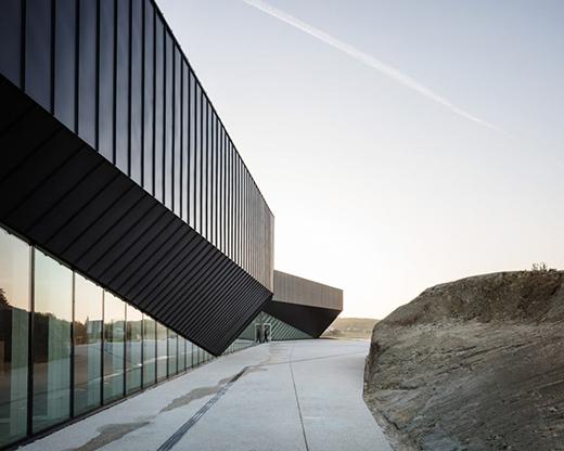法国容扎克会议中心建筑设计
