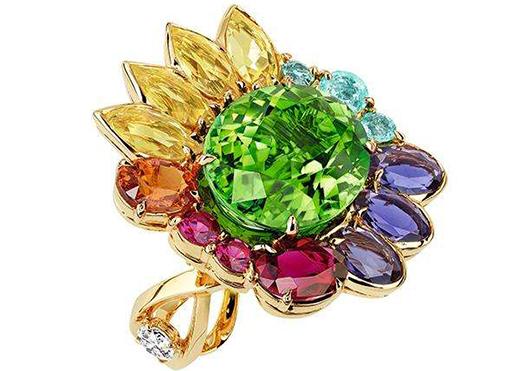 迪奥倾情呈现La Rose Dior高级珠宝系列全新大片
