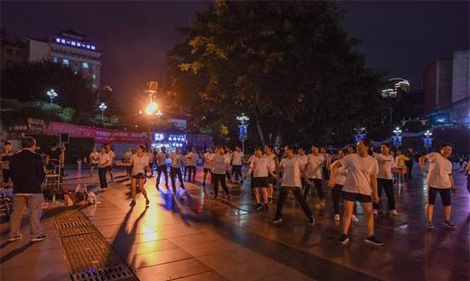 重庆最经典的地标建筑,融合天安门和天坛元素