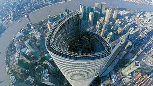"""中国""""第一高楼""""高达632米,建筑造型出众,却有个""""缺点"""""""